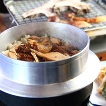 【きのこ料理】食事-松茸ご飯、お吸い物