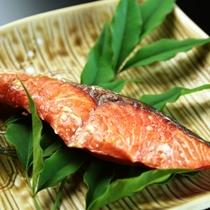 【朝食】焼き鮭