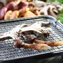 【きのこ料理】焼きのこ-ロージ、イボコボリ、ゴンスケ、シバモチ、松茸、舞茸