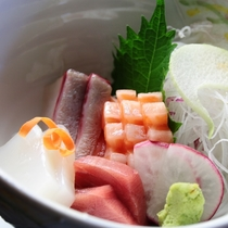 【夕食】お刺身の盛合せ