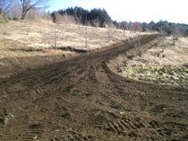キャンプ場への3m道