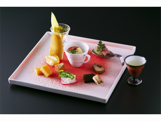 お部屋弐番 【旬の食材を使った創作会席料理でおもてなし】 六花スタンダード プラン