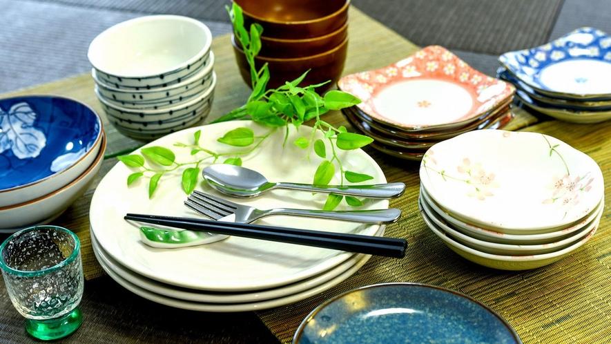 ・お茶碗やお皿なども一式そろっております