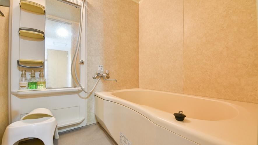 *【本館(ツイン)】洗い場も大きく、ゆっくり入浴いただけます