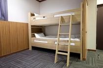 2段ベッド★エコノミーツインルーム-bunk bed room