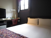ダブルルーム -double rooms全室、布団カバーは包布を採用!!