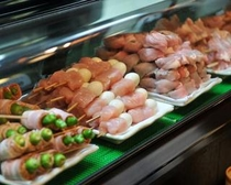 焼鳥 - chicken (on a skewer); yakitori
