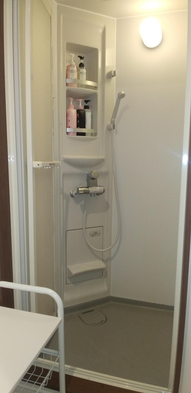 【シェアハウス月極プラン】wifi・光熱水費・清掃・大浴場・サウナ無料なのに鍵付き個室の駅近すぎる