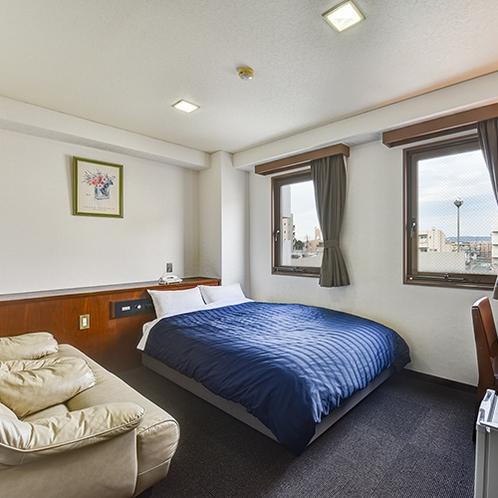 *ダブル一例/約17平米、ベッド幅140×195、シモンズベッド使用。カップルにおすすめです