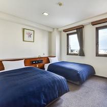 *ツイン一例/約20平米、ベッド幅97-195、シモンズベッド使用。広めのお部屋タイプです