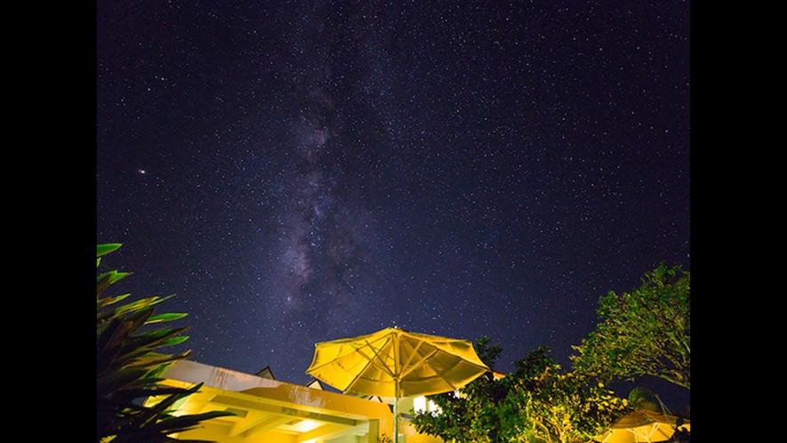 【夜空】ガーデンから眺めるロマンチックな天の川