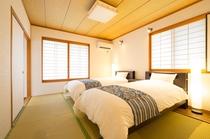 寝室は本邸にツインルーム2部屋、離れにツインルーム1部屋