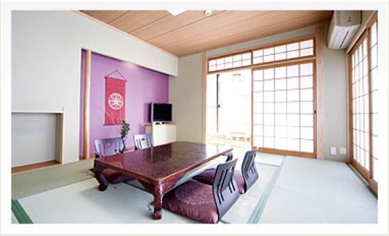 月の棟 【和室10畳】バス・洗浄トイレ付(レストラン食)