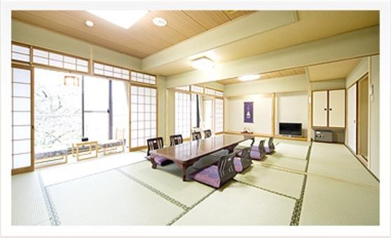 月の棟和室20畳大部屋【バス・洗浄トイレ付】【個室食】