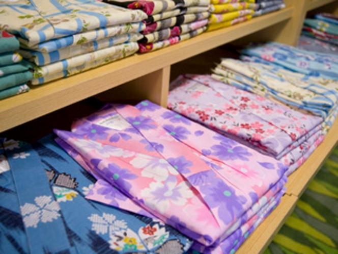 女性には選べる色浴衣がございます