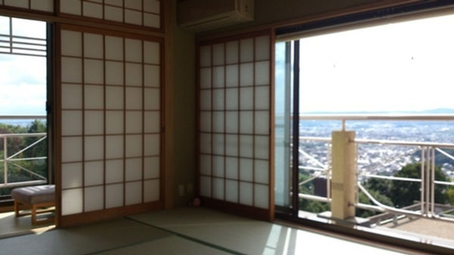 月の棟 眺望角部屋 「和室10畳」