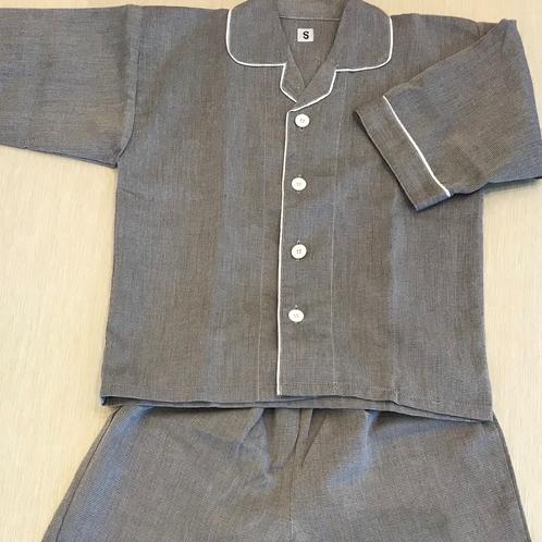 パジャマは大人用も子ども用も同じデザイン