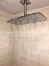【共有スペース】シャワールーム・ヘッドシャワー