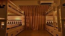 客室:4ベッドルーム夜ライト