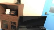 客室備品:TV、食器棚