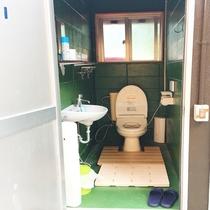 外:トイレ
