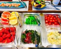 食べ放題 地元野菜と果物