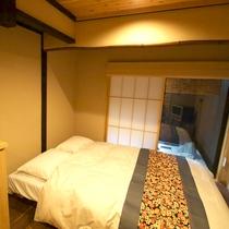 寝室(甲子・かし)