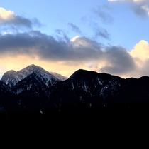 甲斐駒ヶ岳に沈む夕日