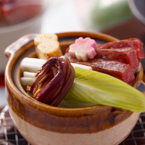 【春の特選会席一品】和牛湯葉わらび鍋