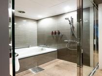 【デラックスツイン】バスタブ付きの浴室