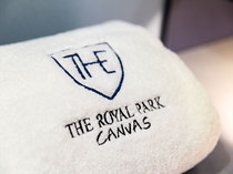 【ホテルオリジナルタオル】ロゴ入りの上質なタオルを各お部屋にご用意しております