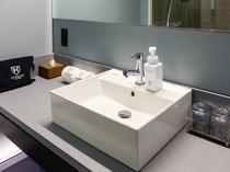 【デラックスツインB】広々とした洗面台