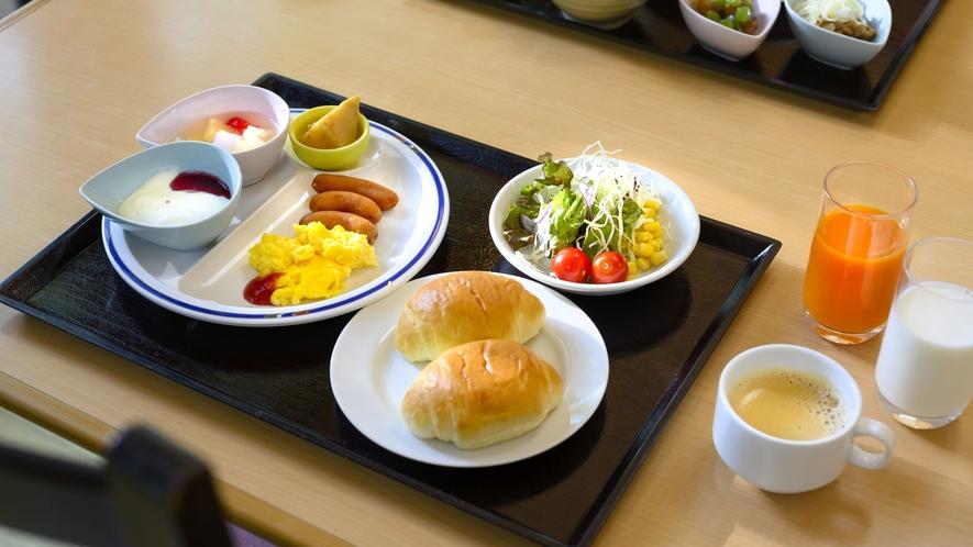 【朝食バイキング】洋食セット一例。