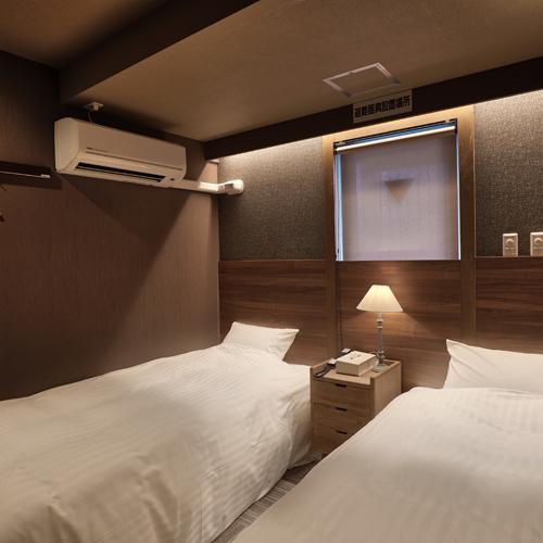 【ツインルーム】ツインルームのベッドサイズは幅100長さ195の2台