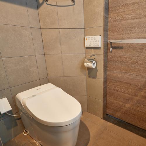 【バスルーム】お手洗いは全室洗浄機付き♪