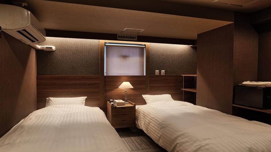 【ツインルーム】ツインルームのベッドサイズは幅100×長さ195の2台