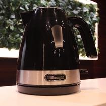 ケトル カップ麺もラクラク!1.0L沸かせます。