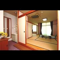 ■安らぎの13畳和室(バス・トイレ付)
