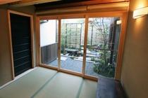 1階 畳の縁側スペース