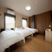 ◆ツインルーム(トリプル)◆24平米・ベッド幅120cm×2台+ベッド幅100cmエキストラベッド