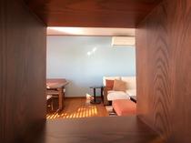 102 Livingroom