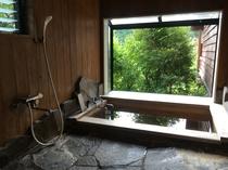 各客室に専用の温泉