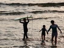 北谷町宮城海岸エリア。サーフィンも楽しめます。