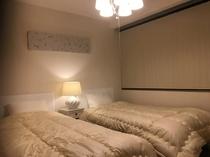 502 ベッドルーム2