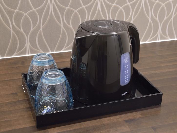 【電気ケトル】コーヒーやラーメンなどのお湯の温めもスピーディに。