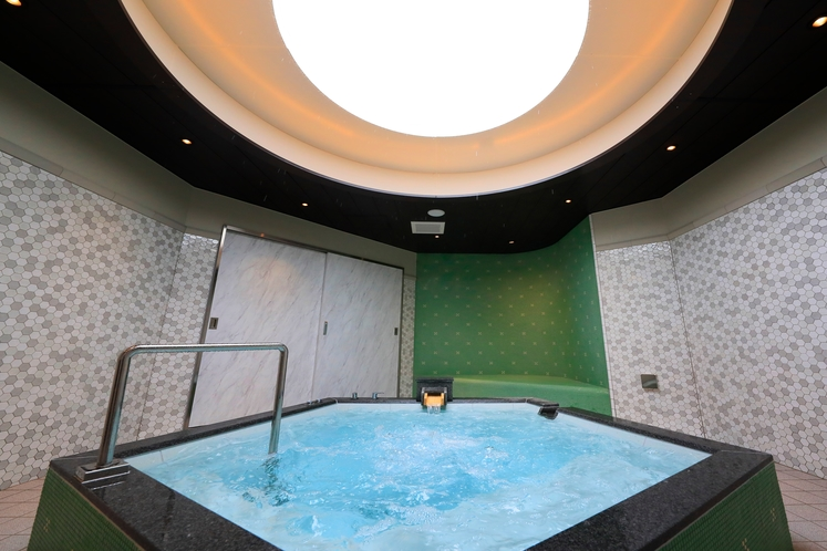 貸切風呂 湯処 月 浴室
