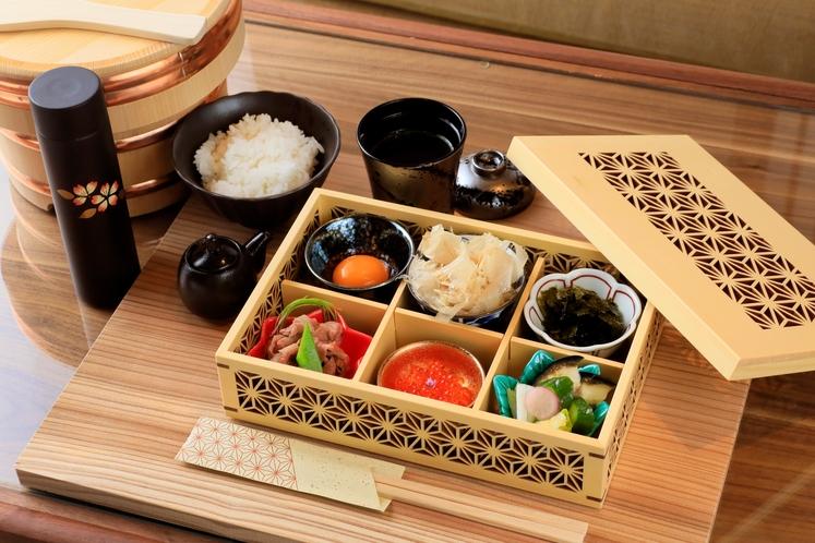 京のものを中心に厳選された近県食材を使用した無料朝食♪お部屋にてゆっくりとお召し上がり頂けます。