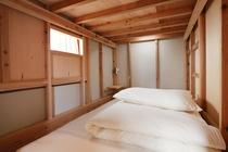 ベッド下段_4