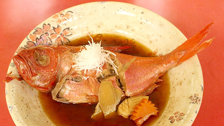 *夕食一例・金目鯛煮付け/伊豆ならではの美味しい金目鯛付きコース