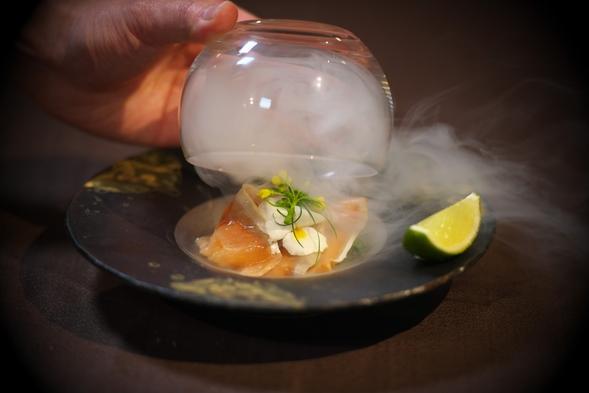 【特別室・夕食グレードアップ】贅を尽くした最上級スイート 希少な秋田牛・特室だけの青森ヒバ風呂を堪能
